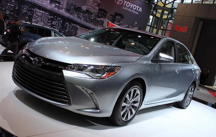 Kredit Toyota Camry Tangerang