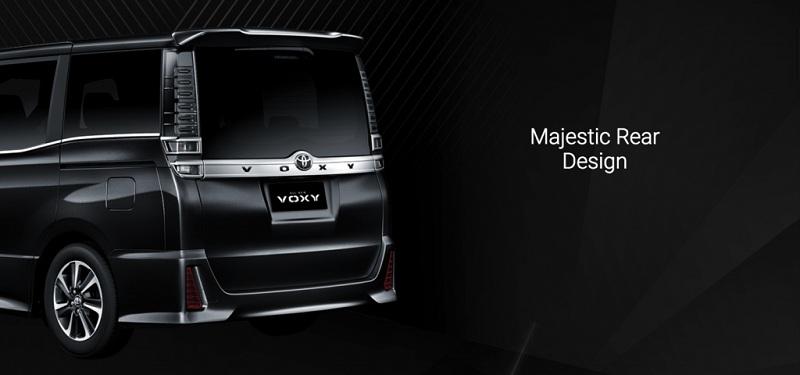 Exterior Toyota Voxy 3