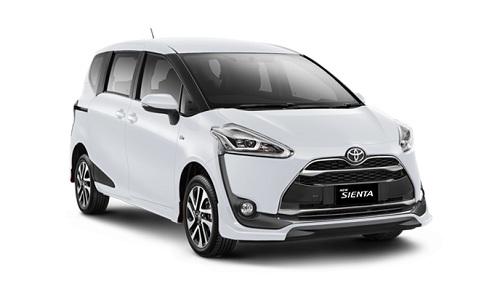 Toyota Sienta Putih