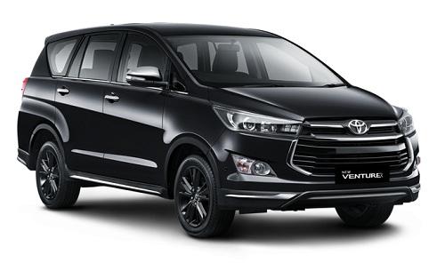 Toyota Venturer Hitam